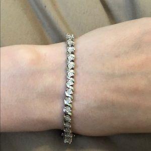 Jewelry - 1/4 ct diamond tennis bracelet